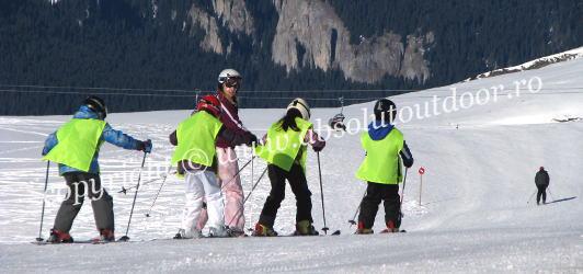"Scoala de Ski ""Absolut Outdoor"""